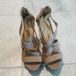 Chinese Laundry tan strappy wedges